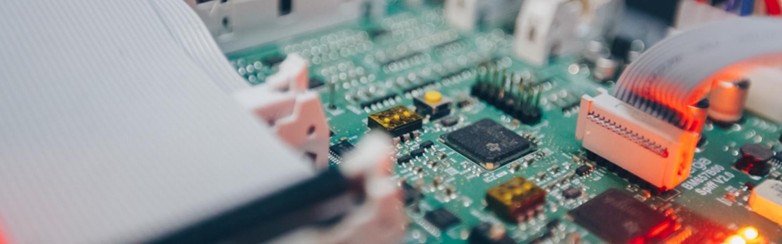 diseño equipos electrónica potencia Cinergia Barcelona